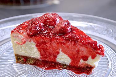 NY Cheesecake met rood fruit - Taartello Patisserie